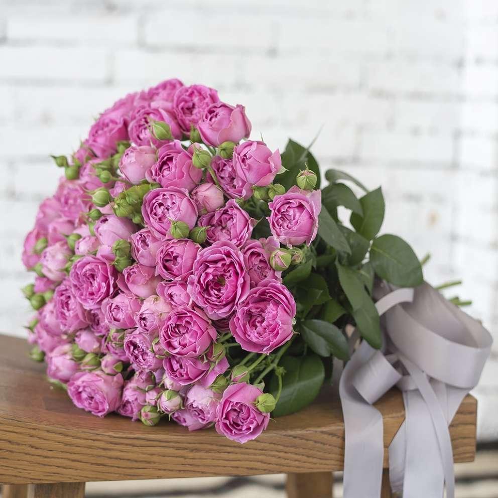 Труд, с днем рождения картинка пионовидные розы